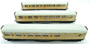 Hornby LNER Scotsman Teak Composite & Brake Coach OO Passenger Train Car Set
