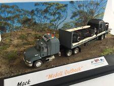 Herpa Mack mit PC Vitrine **nur hier im Shop erhältlich**