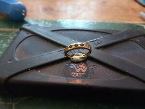 9ct Diamond And Sapphire Ring