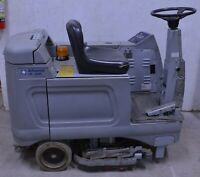 "28"" Advance HR 2800 Battery Powered Rider Ride-On Floor Scrubber Cleaner"