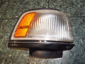 OEM 87-92 USDM Toyota Camry V20 front right corner blinker light lens 32-42 R FR