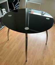 Round Dining table for Dining Room