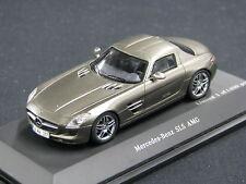 Spark Mercedes-Benz SLS AMG 1:43 AMG Mango Sylvanit Grey (JS)