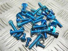 Yamaha R6 YZF-R6 YZF600 5EB 2000 varias Carenado Fijaciones #253 Azul