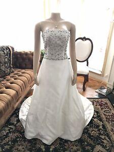 Alvina Valeta Sold In Kleinfields In New York Size 10