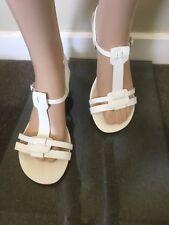 Diana Ferrari Flat Leather Sandals  Size 9 (40) Beige - As New