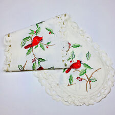 """Christmas Cardinals on Holly Oval Lace Table Runner 16""""x72"""""""