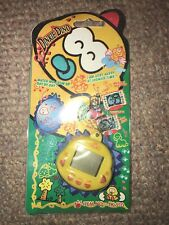 Vintage Dinkie Doo Virtual Pet Keychain TK-910 NIP Yellow Tamagotchi