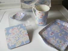 MAXWELL WILLIAMS AFTERNOON TEA SET (4 PIECES)
