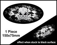 Cráneo Oval fundido en negro B & W Racing Bandera a Cuadros Vinilo Pegatina de Coche 150mm