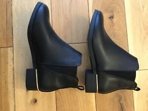 Lasies Ankle Boots Size 3 (new) With Damage