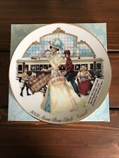 Avon Award 2002 Rose Circle Plate - New In Box