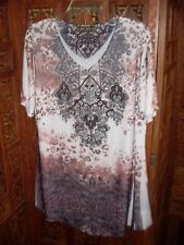 LADY NOIE Rust Brown & Black on White Crystals/Stones on Front Short Sleev Sz XL