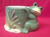 """Adorable Vintage Frog and Cattails Planter with Ladybug 6"""" Wide by 4"""" Tall"""