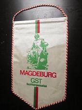 111214 banderín RDA GST Magdeburg ca 26 cm largo