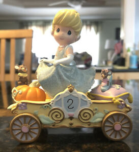 Precious Moments Disney Showcase CINDERELLA #2 Birthday Parade Car Figurine NEW