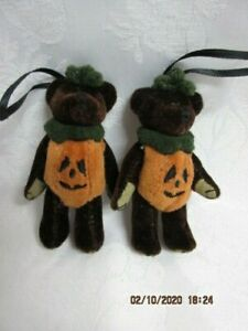 2 Vtg Boyds Bears Halloween Wuzzies Bear Ornament Pumpkin Jack O Lantern Jointed