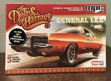 1/25 The Dukes Of Hazzard General Lee 1969 Dodge Charger Model Kit.
