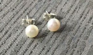 GENUINE WHITE FRESHWATER PEARL EARRINGS