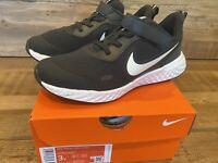 Nike Unisex Big Kids Revolution 5 PSV Sneaker, Size 3, Black