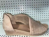 Earth Ficus Capricorn Womens Leather D'Orsay Perforated Sandals Size 11 M Brown