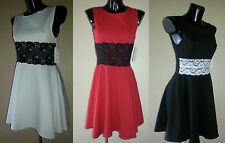 Lace Crew Neck Sleeveless Formal Dresses