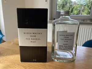 Dekoration - Sammlerstück - Leere Whisky-Flasche - Nikka From The barrel ; 0,5CL