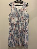 Tokito size 16, summer dress, floral print, pleat skirt, lined, sleeveless