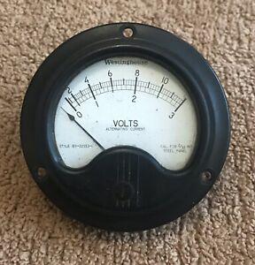 Vintage Westinghouse Volt Meter, Made in USA - Black Bakelite