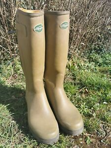 Le chameau chasseur 9 43 leather lined in excellent condition