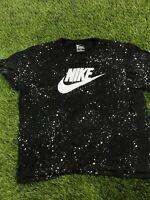 Nike Logo Spellout Splatter Pattern Men Black XXL Short Sleeve Tee Shirt