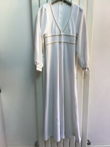 Vintage Spinney 70s White Maxi Dress  Wedding Festival  Medieval Boho
