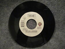 """45 RPM 7"""" Record The Nitty Gritty Dirt Band Babys Got A Hold On Me 1987 7-28443"""