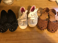 Girls Shoe Lot Size 4 Youth Euc Link Cat And Jack Piper