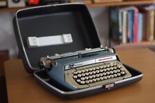 Great condition Smith Corona portable typewriter with carry case, Made in Canada