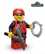 New LEGO Minifigures Sseries 11 71002 Mountain Climber