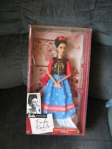 Barbie Inspiring Women Signature Doll Frida Kahlo Mexican Artist 2017 MIB
