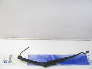 NEW OEM GM 10424405 LEFT Windshield Wiper Arm 95-01 Lumina 95-99 Monte Carlo
