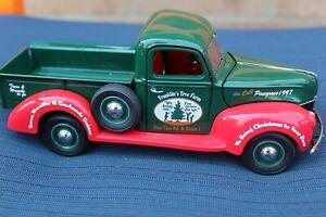 1997 FRANKLIN MINT Christmas Truck Tree Farm Pinegrove 1940 FORD 1:24 DIECAST