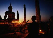 Postkarte: Buddhistisches Kloster im Abendlicht - Devotion
