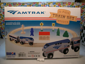 AMTRAK 20 PIECE WOODEN TRAIN SET BY DARON WORLDWIDE TRADING INC