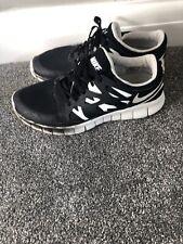 Nike Free Run 2 Zapatillas para hombre Negro/Blanco UK 7