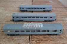 VINTAGE TRIANG RAILWAYS HO R24/25 SILVER TRANSCONTINENTAL COACH + 2 CARRIAGES