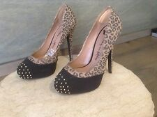 PENNY LOVES KENNY WOMEN'S FAUX SUEDE FASHION HEELS SIZE 7 M SEXY ANIMAL PRINT