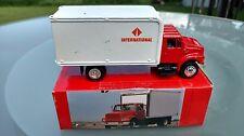 1988 INTERNATIONAL 4000 TRUCK Scale Model box van straight vtg white delivery 3