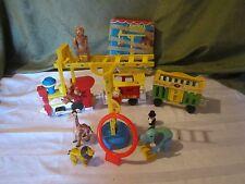 Fisher Price Little People Play Family 991 Circus train Animal Zoo 135 Animal