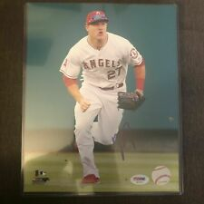 MIKE TROUT SIGNED AUTOGRAPHED 8x10 IN ACTION PHOTO PSA/DNA COA