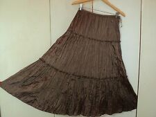 susan tiered full skirt taffeta, light and airy coffee lagen look