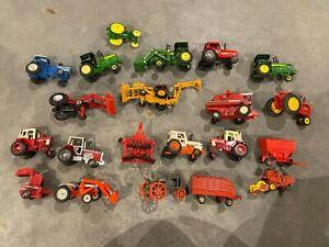 Lot of 21 Ertl 1/64 Farm Tractors Combine, John Deere, Case International
