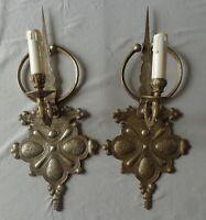 Ancienne paire de grandes appliques en forme de fibules berbères